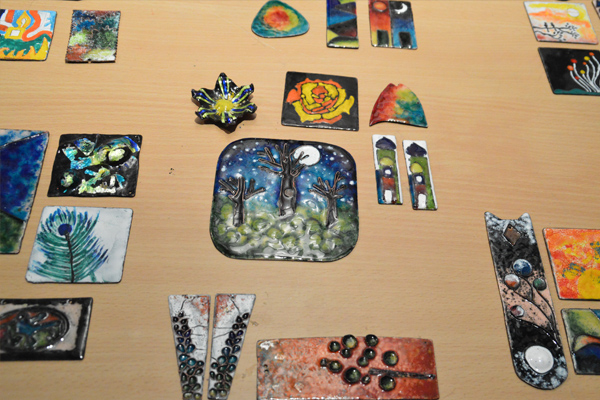 Workshop on Contemporary Enameling by International Artist Kana Lomror